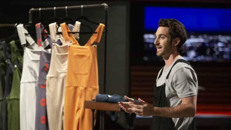 Kyle Bergman pitches Swoveralls on Shark Tank