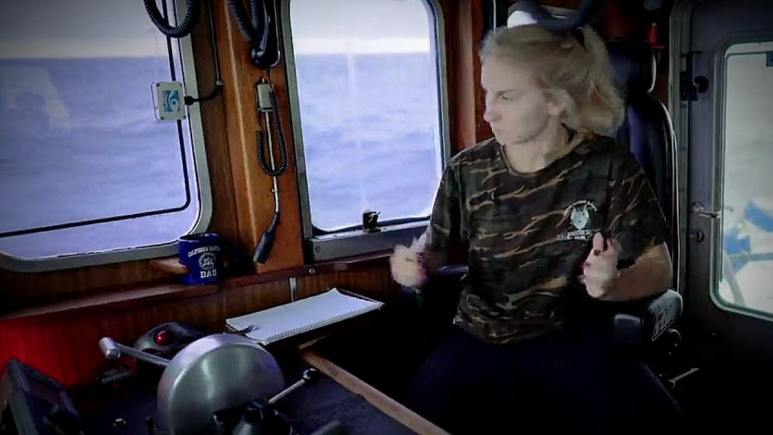 The moment Mandy realized there's code red flashing as the deck hands have a snapped hook. Pic credit: Discovery