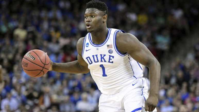 Zion Williamson calls out a play for Duke.