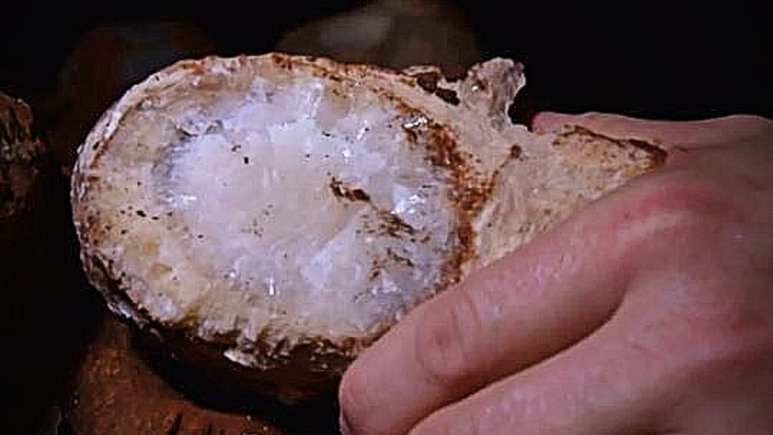 The evidence of crystal is confirmed by Gates.Pic credit: Discovery