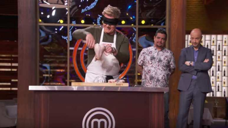 Gordon Ramsay Cuts Chicken