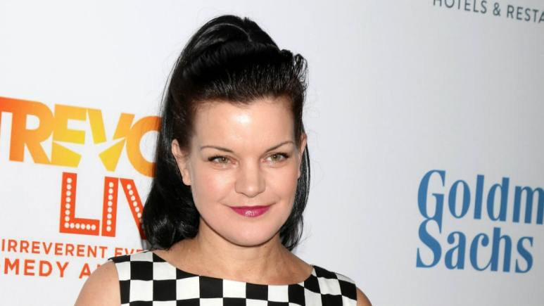 Pauley Perrette at the TrevorLIVE Los Angeles 2016, Beverly Hilton Hotel, Beverly Hills