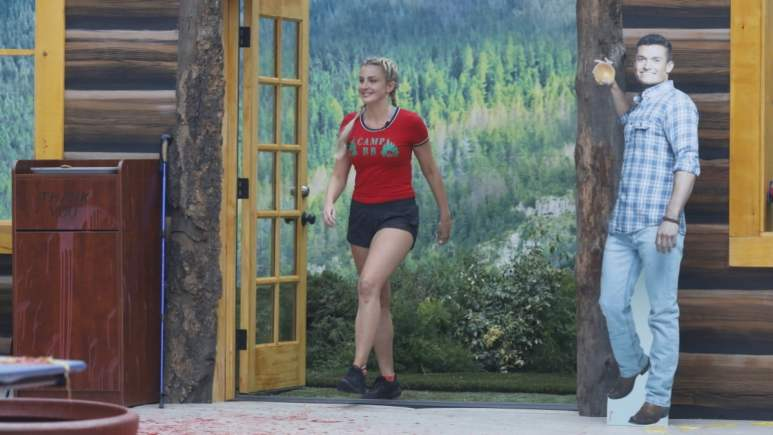 Kathryn Dunn At Veto Competition
