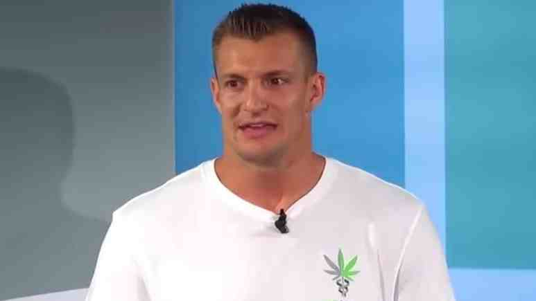 rob gronkowski officially announced a new partnership with cbdmedic