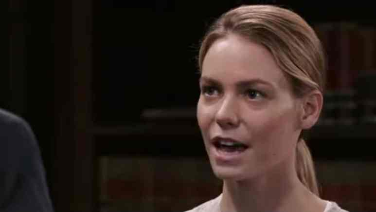 Chloe Lanier as Nelle on General Hospital.