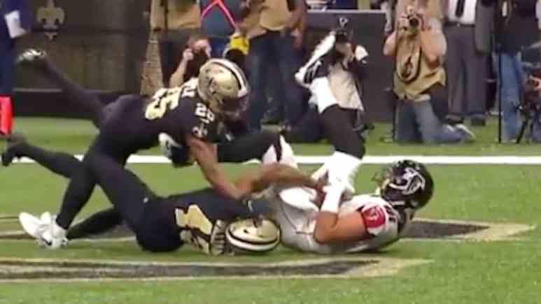 falcons austin hooper makes touchdown catch against saints