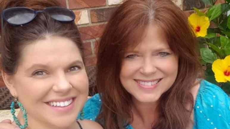Amy Duggar King and Deanna Duggar selfie.