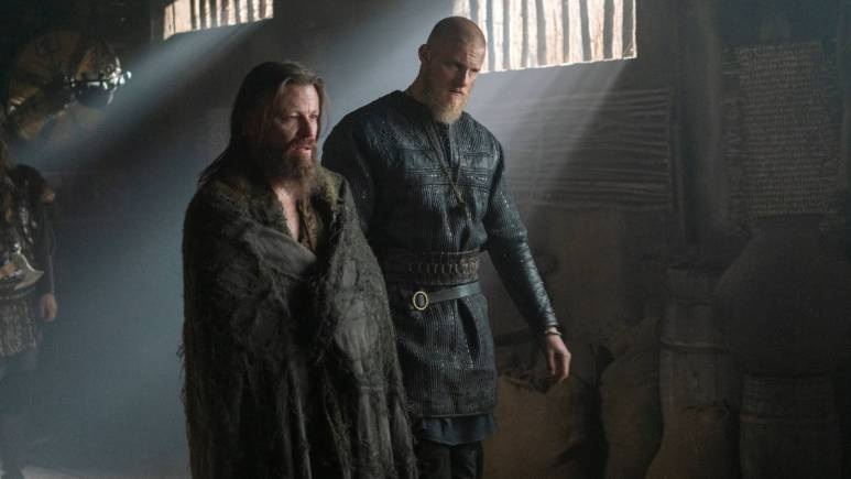Peter Franzen as King Harald and Alexander Ludwig as King Bjorn Ironside
