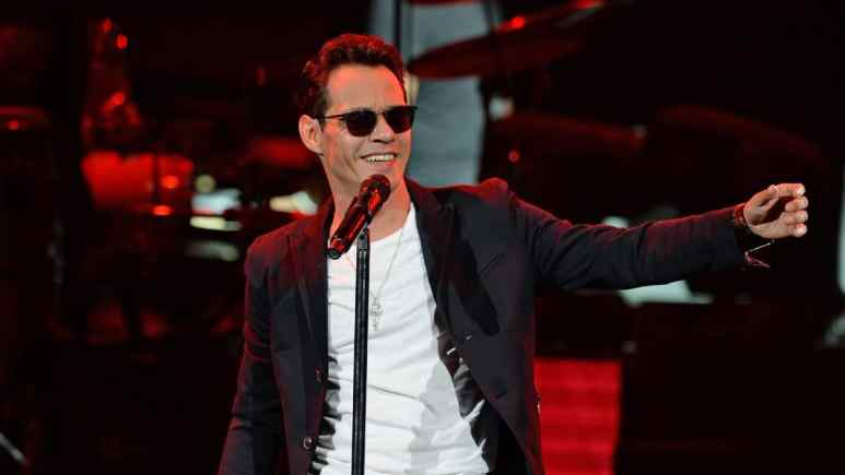 Marc Anthony singing