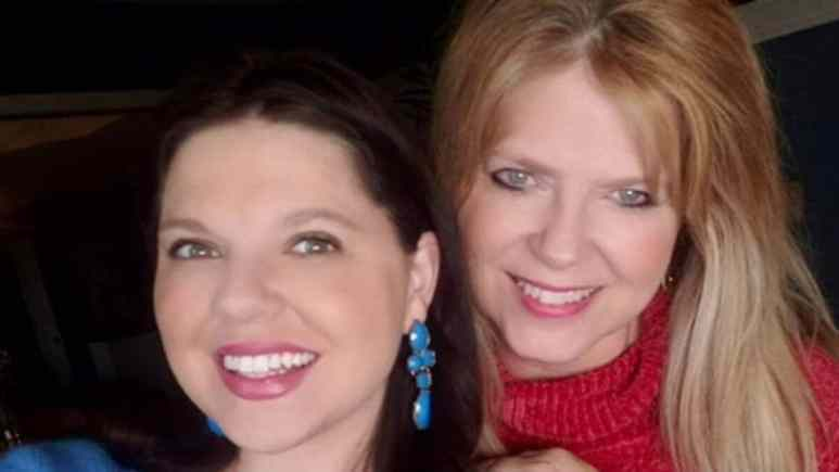 Amy Duggar King and her mom Deanna Duggar.