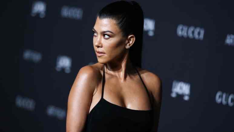 Kourtney Kardashian supervises Kylie Jenner, Travis Scott Disney World reunion.