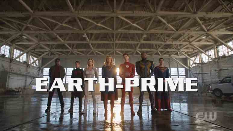 The heroes of Earth Prime, Martian Manhunter, Batwoman, White Canary, Supergirl, The Flash, Black Lightning, and Superman. Pic credit: The CW