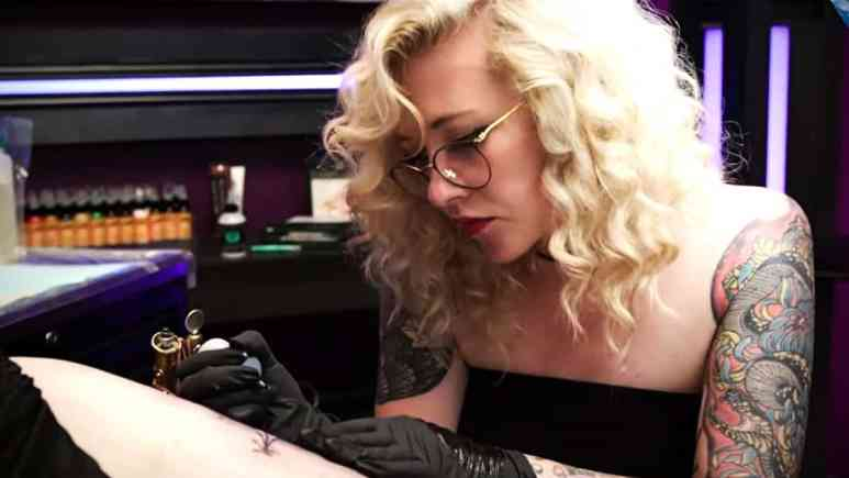 Retro glamorous beauty Jordan Allred represents Boise, Idaho for Ink Master on Paramount Network. Pic credit: Paramount Network