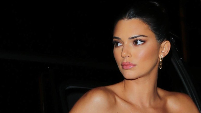 kendall jenner fires back after criticism during coronavirus pandemic