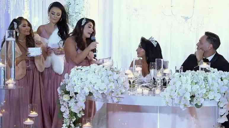Snooki says Jersey Shore Family Vacation produces are behind Angelina wedding speech.