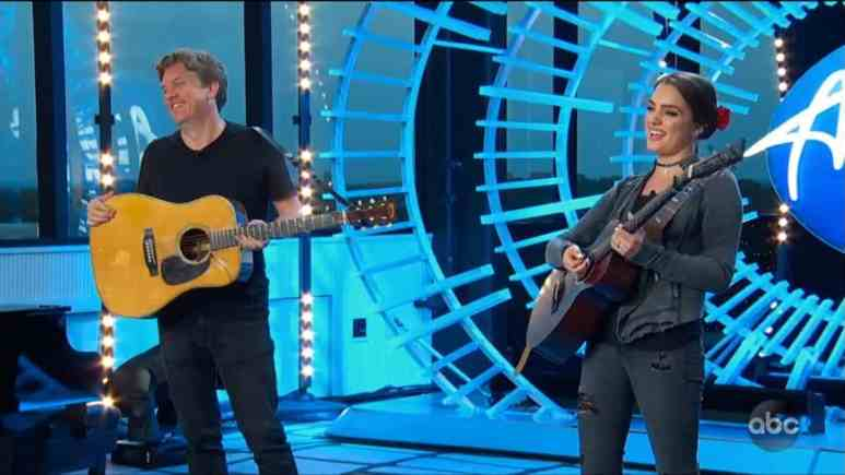 Lauren Mascitti auditions with help from guitarist Shawn Couch
