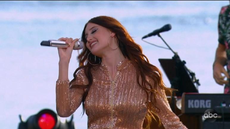 Makayla Phillips singing