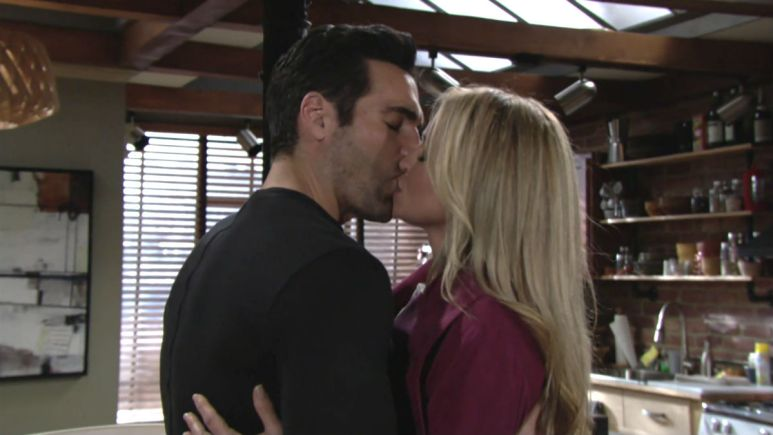 Sharon and Rey are sticking together on The Young and the Restless
