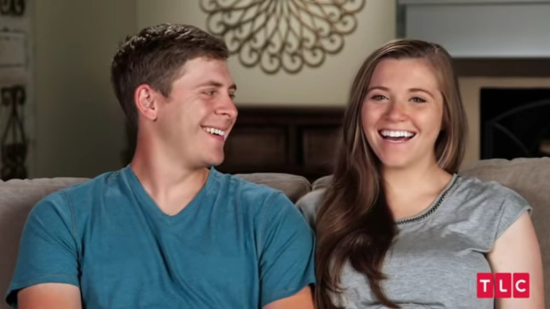 Austin and Joy-Anna during a Counting On confessional.