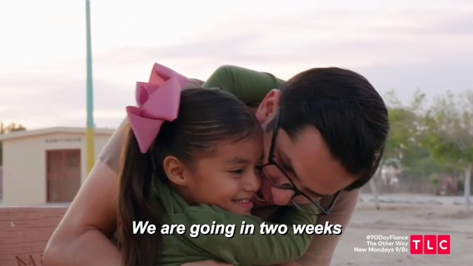 90 Day Fiance Armando giving daughter Hannah a hug