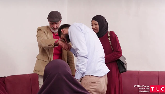 90 day fiance other way couple Yazan and Brittany greeting Yazan's family