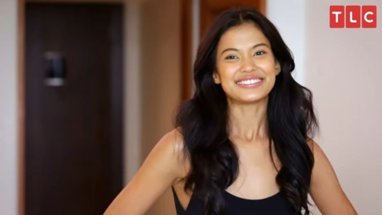 90 Day Fiance's Juliana Custodio responds to post saying she should be on Pillow Talk with husband, Michael's ex-wife Sarah.