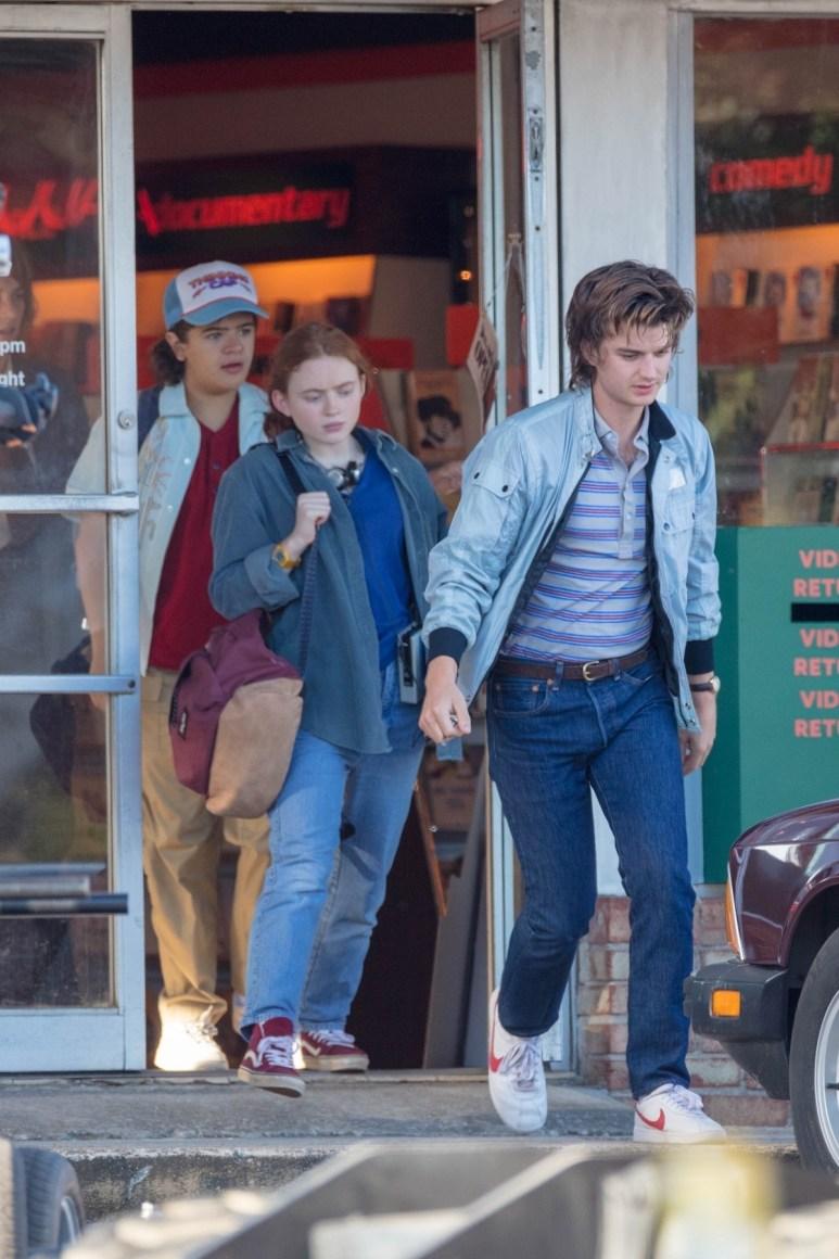 The cast of Stranger Things Season 4