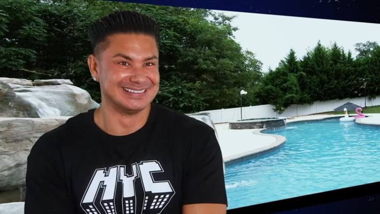 Pauly D during a confessional interview on Jersey Shore Family Vacation