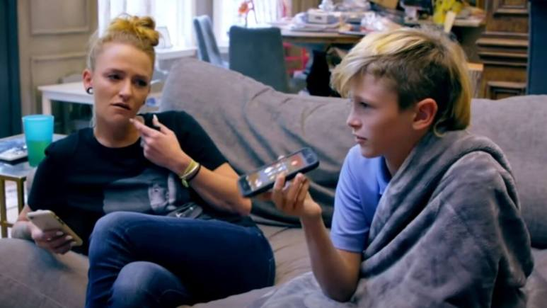 Maci Bookout and her son Bentley Edwards call Ryan Edward's mom, Jen, to discuss brother Jagger's birthday party