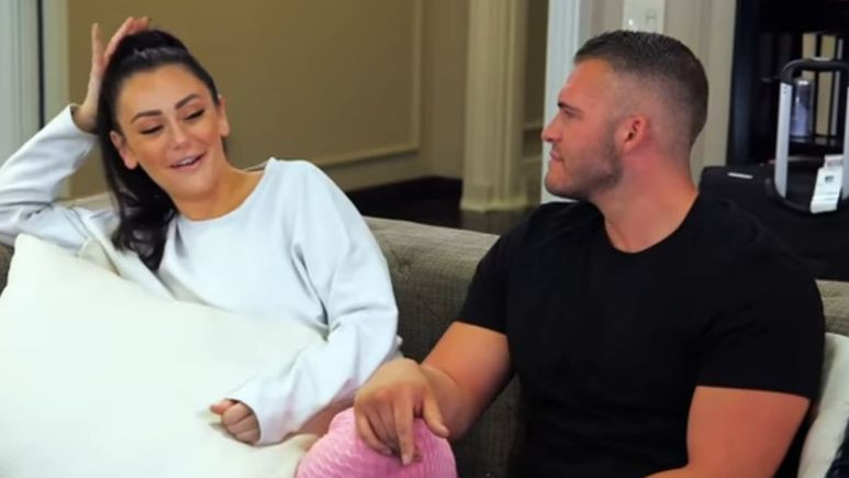 Jenni Farley and Zack Carpinello on an episode of Jersey Shore Family Vacation