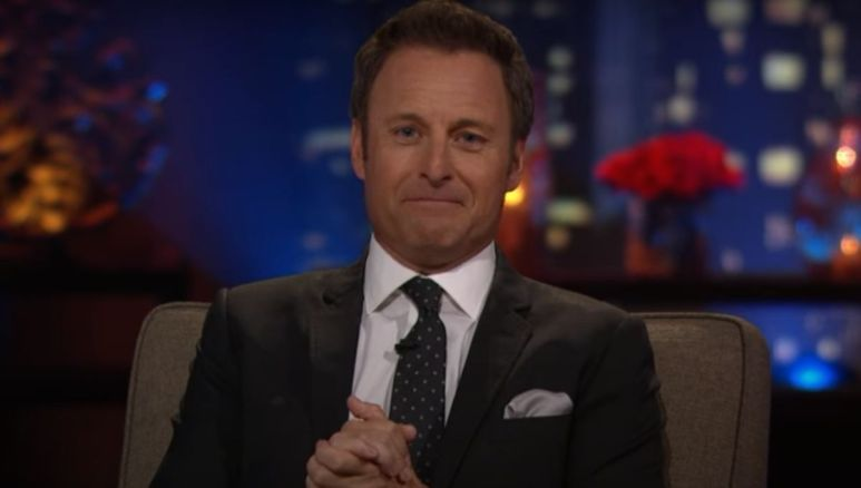 Chris Harrison greeting the audience