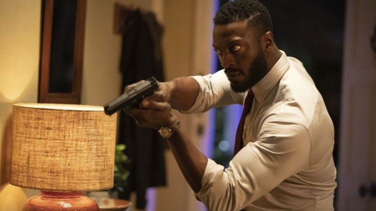 Aldis Hodge's Hackmann physique in Invisible Man.