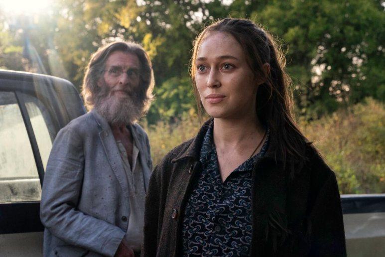 John Glover as Teddy and Alycia Debnam-Carey as Alicia Clark, as seen in Episode 14 of AMC's Fear the Walking Dead Season 6
