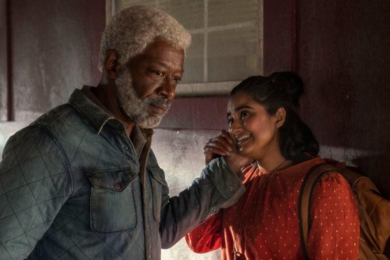 Lennie James as Morgan Jones and Sahana Sprinivasan as Athena, as seen in Episode 12 of AMC's Fear the Walking Dead Season 6
