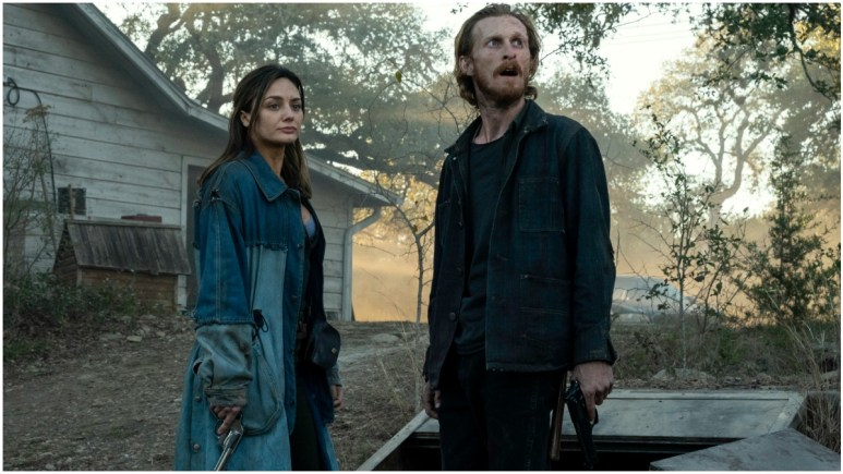 Christine Evangelista as Sherry and Austin Amelio as Dwight, as seen in Episode 16 of AMC's Fear the Walking Dead Season 6