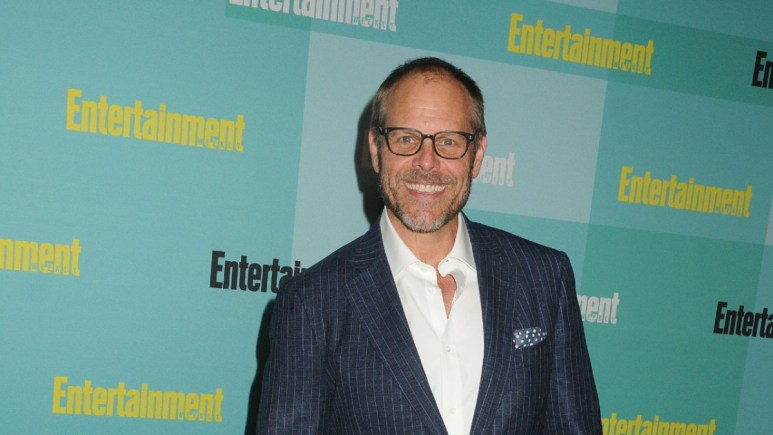 Alton Brown at a red carpet event.