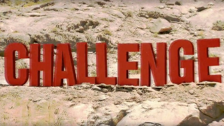 the challenge war of the worlds logo for season 33