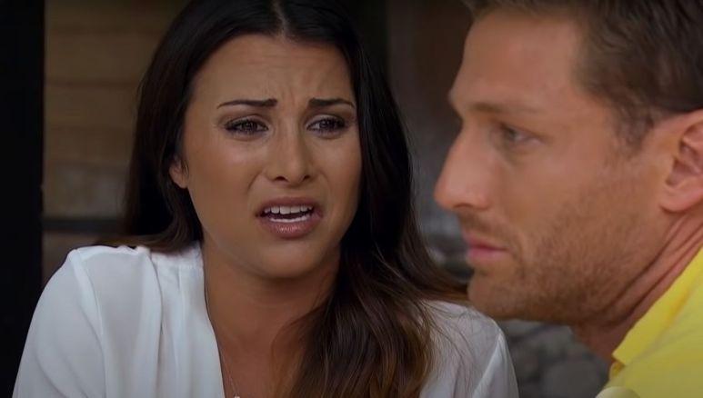Andi Dorfman gets angry at Juan Pablo during their breakup