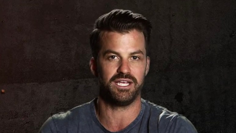 johnny bananas during the challenge war of the worlds season