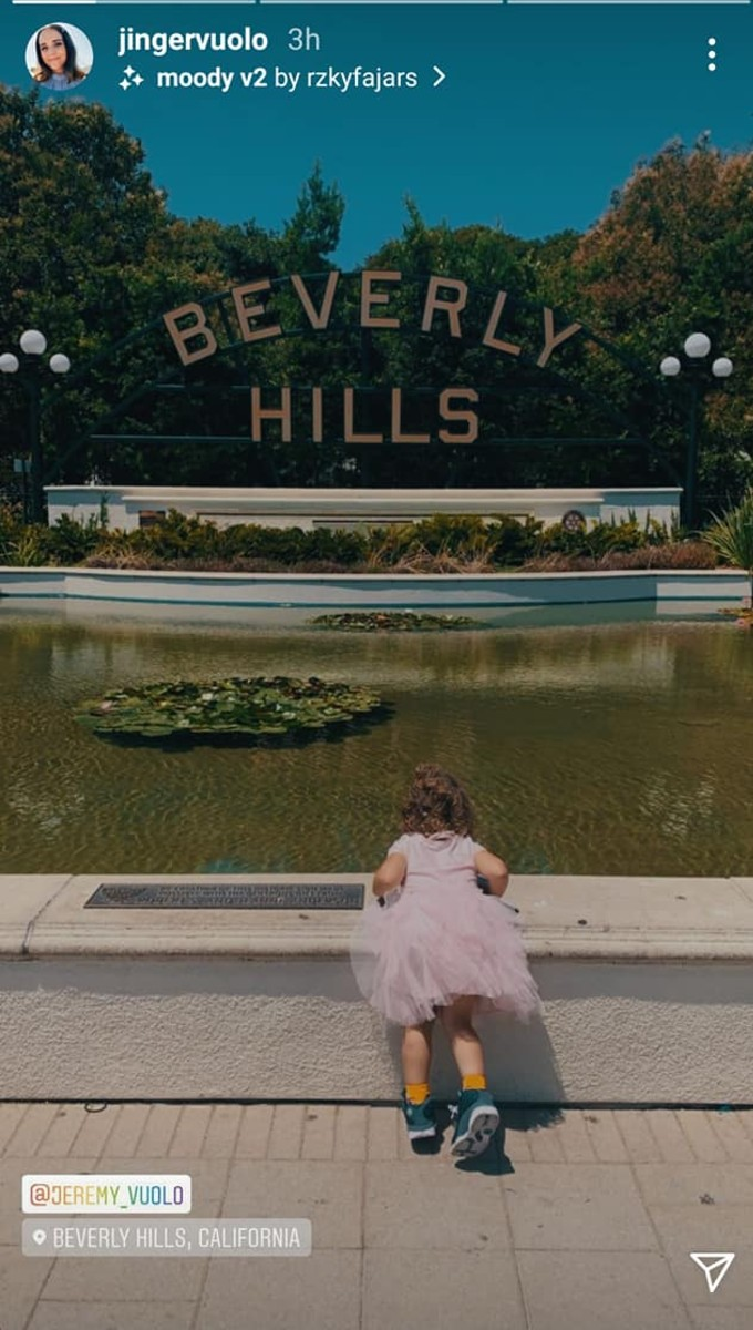 Felicity at the fountain.