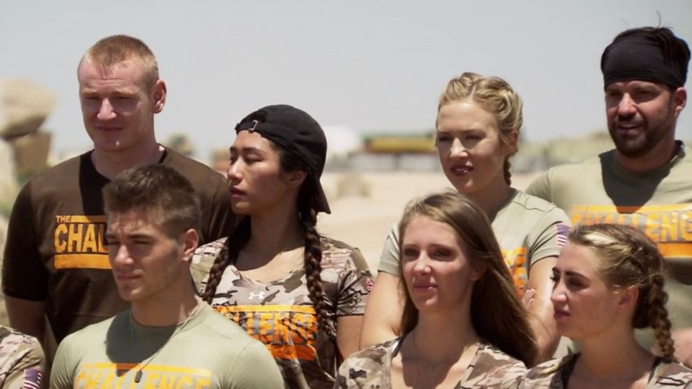 the challenge war of the worlds cast members