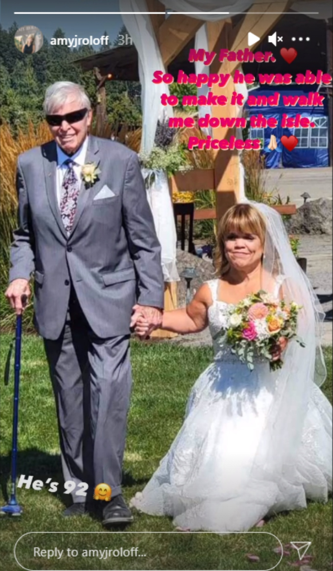 amy roloff's dad gordon walked her down the aisle and she shared a pic on instagram