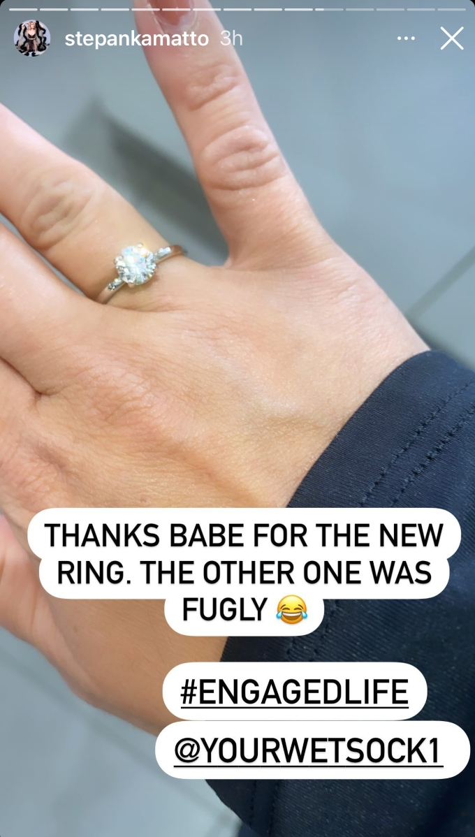 Stephanie Matto shows off engagement ring