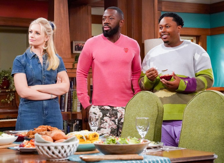 Beth Behrs, Sheaun McKinney, and Marcel Spears on the set