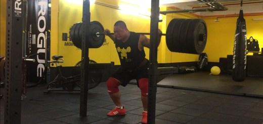 你知道嗎?槓鈴不是單靠脊椎支撐在背上的 @怪獸肌力及體能訓練中心