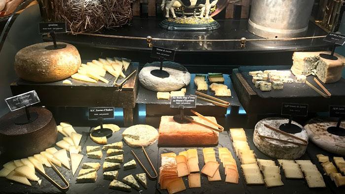 Qué-ver-en-Narbona-queso