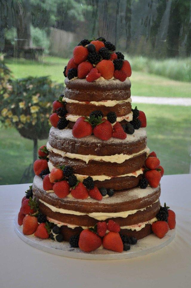 NAKED-CAKE-MONTA-ENCANTA01