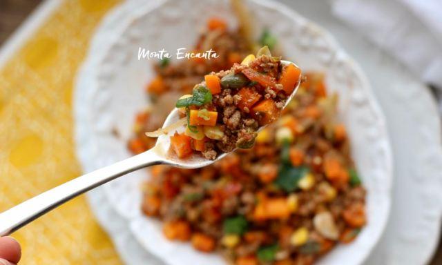 carne moida com cenoura e milho