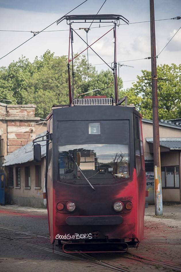 Good_Guy_Boris_Zona_Sofia_Tram-The-Grifters1