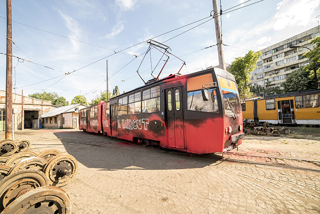 Good_Guy_Boris_Zona_Sofia_Tram-The-Grifters4